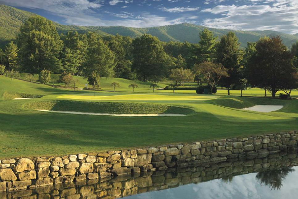 magazine-2011-04-maar01_away_game_greenbrier_620.jpg