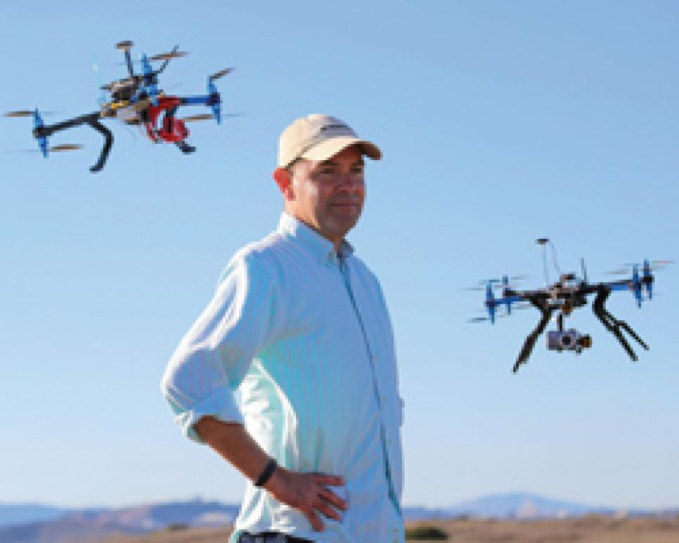 courses-2014-06-coar04-using-drones-chris-anderson.jpg