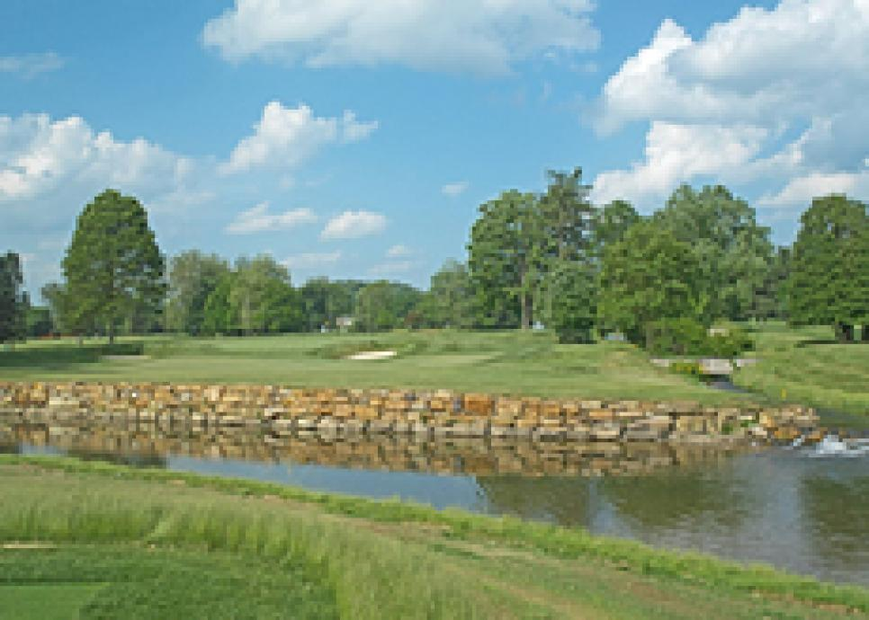 golf-courses-blogs-golf-real-estate-old_white_course-thumb-230x164.jpg