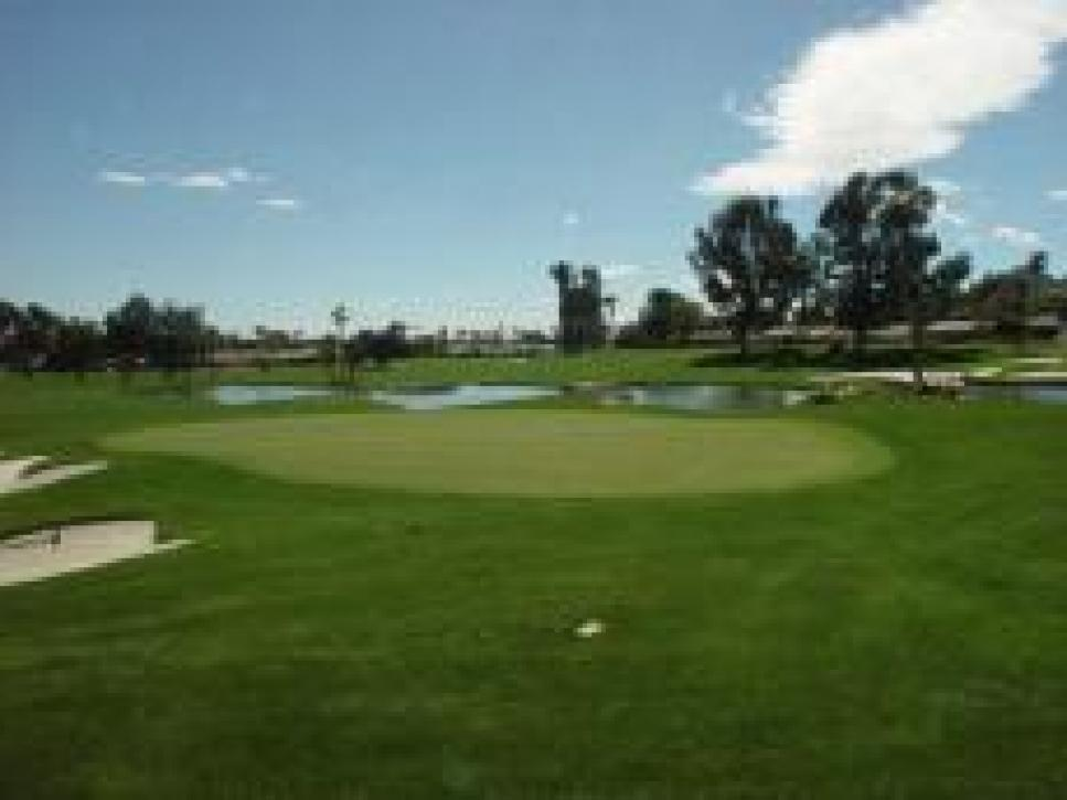 golf-courses-blogs-golf-real-estate-assets_c-2009-09-hoem_new-thumb-230x172-5901.jpg