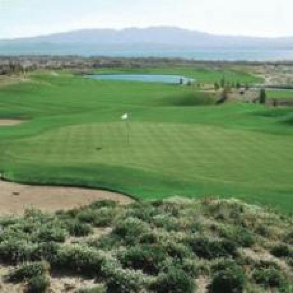 golf-courses-blogs-golf-real-estate-assets_c-2009-10-phm0808ge-2_lg-thumb-230x230-6761.jpg