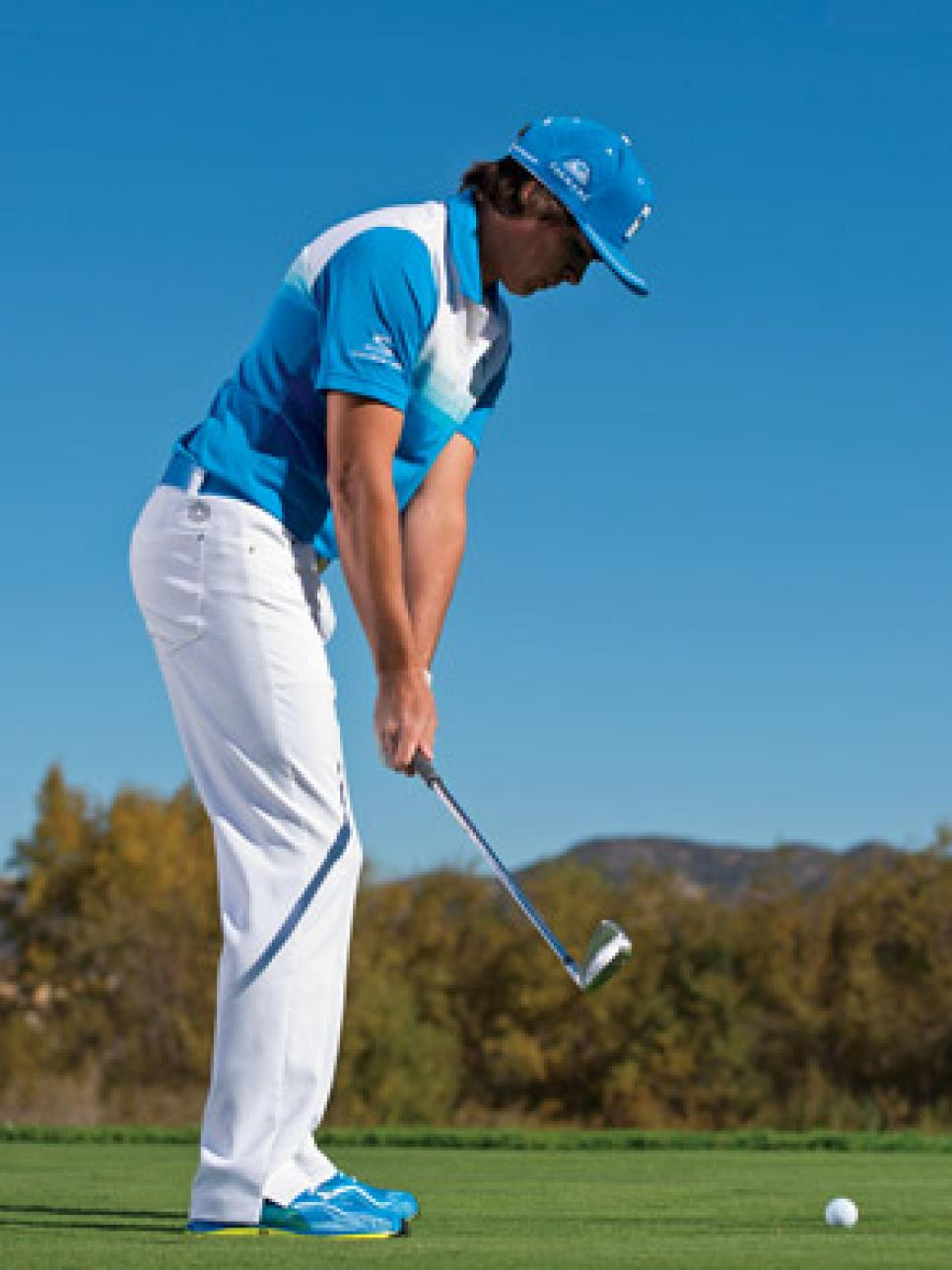 instruction-2013-10-inar02a-rickie-fowler-4-keys-to-go-low.jpg