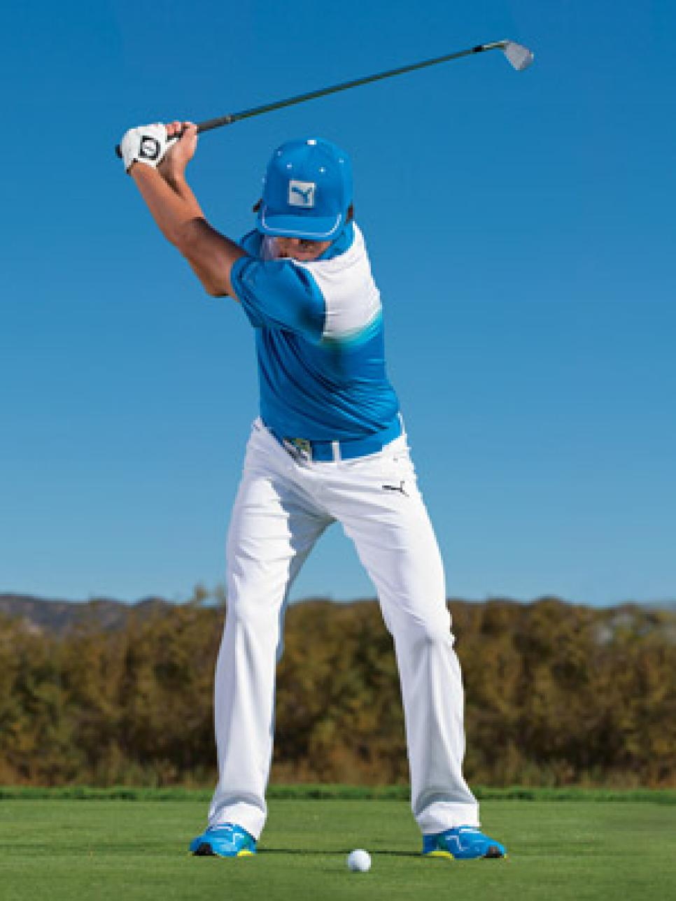 instruction-2013-10-inar03a-rickie-fowler-4-keys-to-go-low.jpg