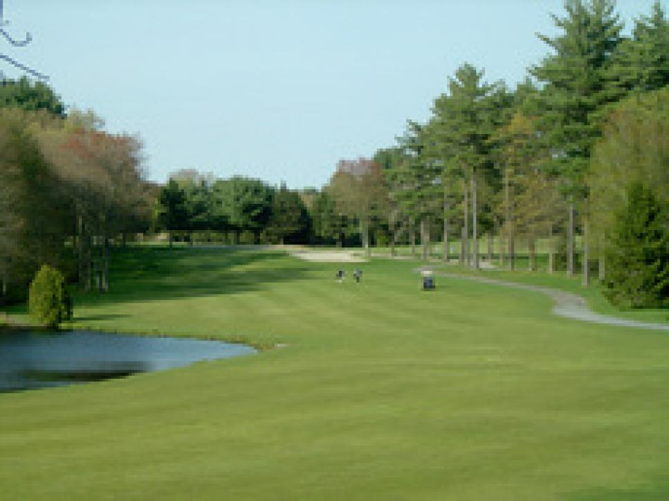 golf-courses-blogs-golf-real-estate-golf-thumb-230x172.jpg