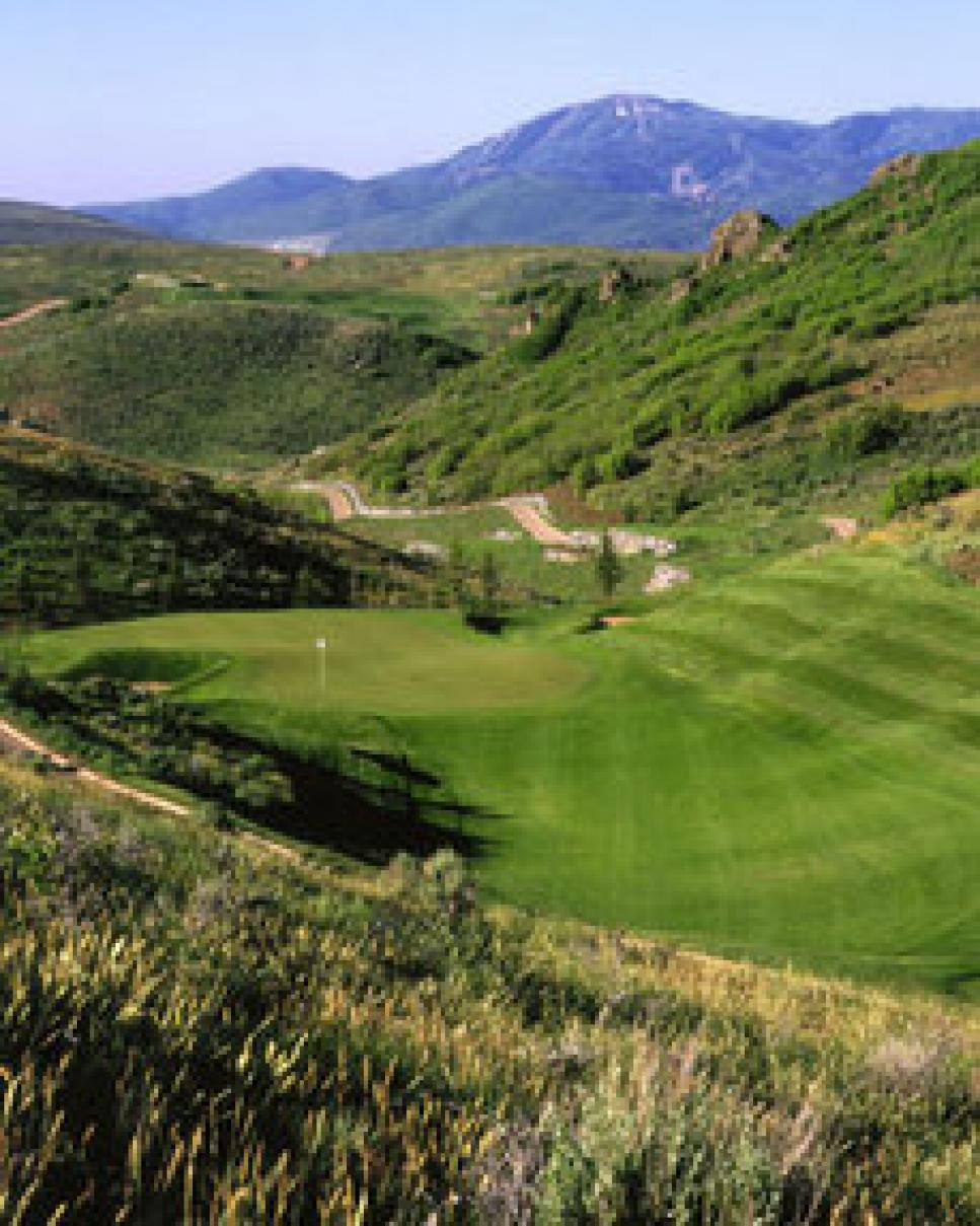 golf-courses-blogs-golf-real-estate-golf-promontory-thumb-230x287.jpg