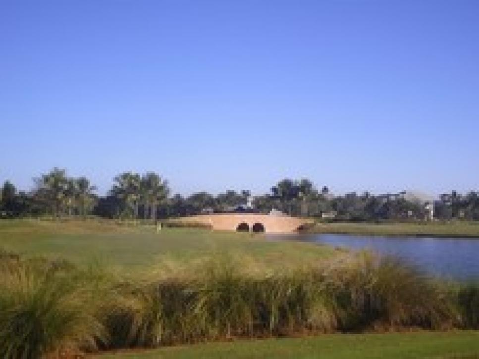 golf-courses-blogs-golf-real-estate-fiddlers_creek67-thumb-230x172.jpg
