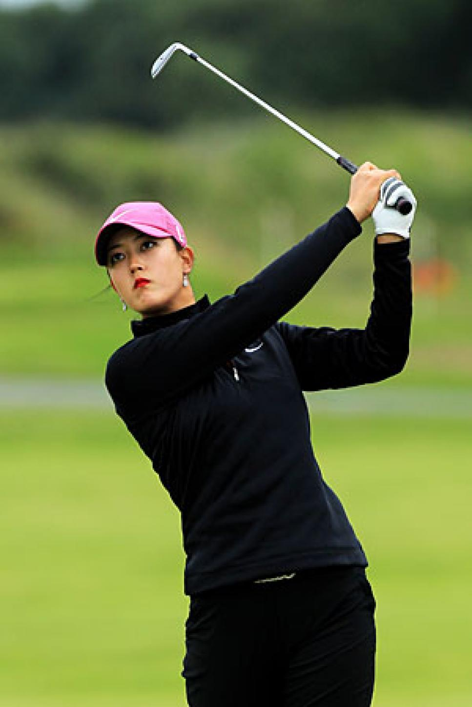 golf-digest-woman-blogs-golf-digest-woman-assets_c-2010-07-gwar01_wie_blog_0729-thumb-300x450-19121.jpg