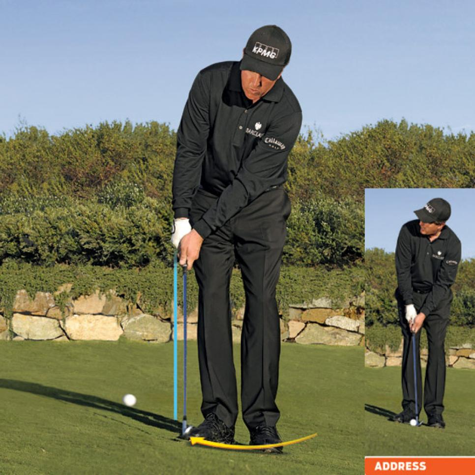 instruction-2009-12-inar03-phil-mickelson-chip-pitch.jpg