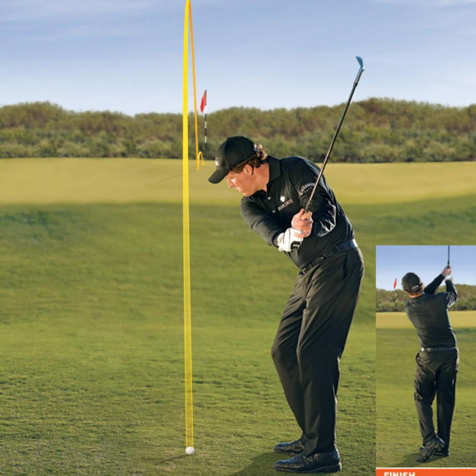 instruction-2009-12-inar02-phil-mickelson-chip-pitch.jpg