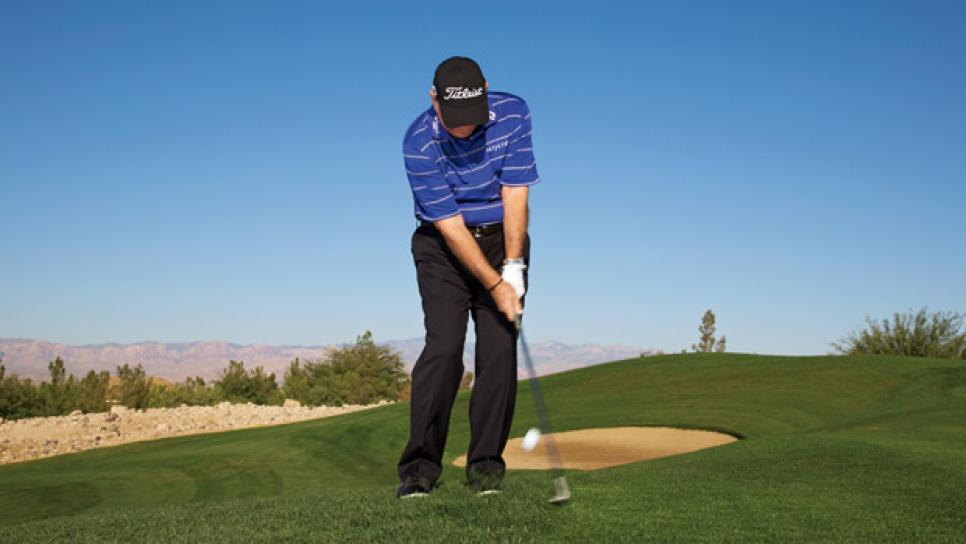 instruction-2014-06-inar01-butch-harmon-pitching.jpg