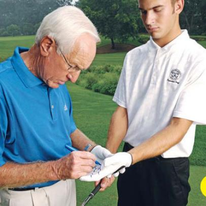 Proper Golf Grip: How to Grip the Club in 6 Steps