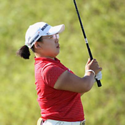 Shin Takes Lead To Final Round