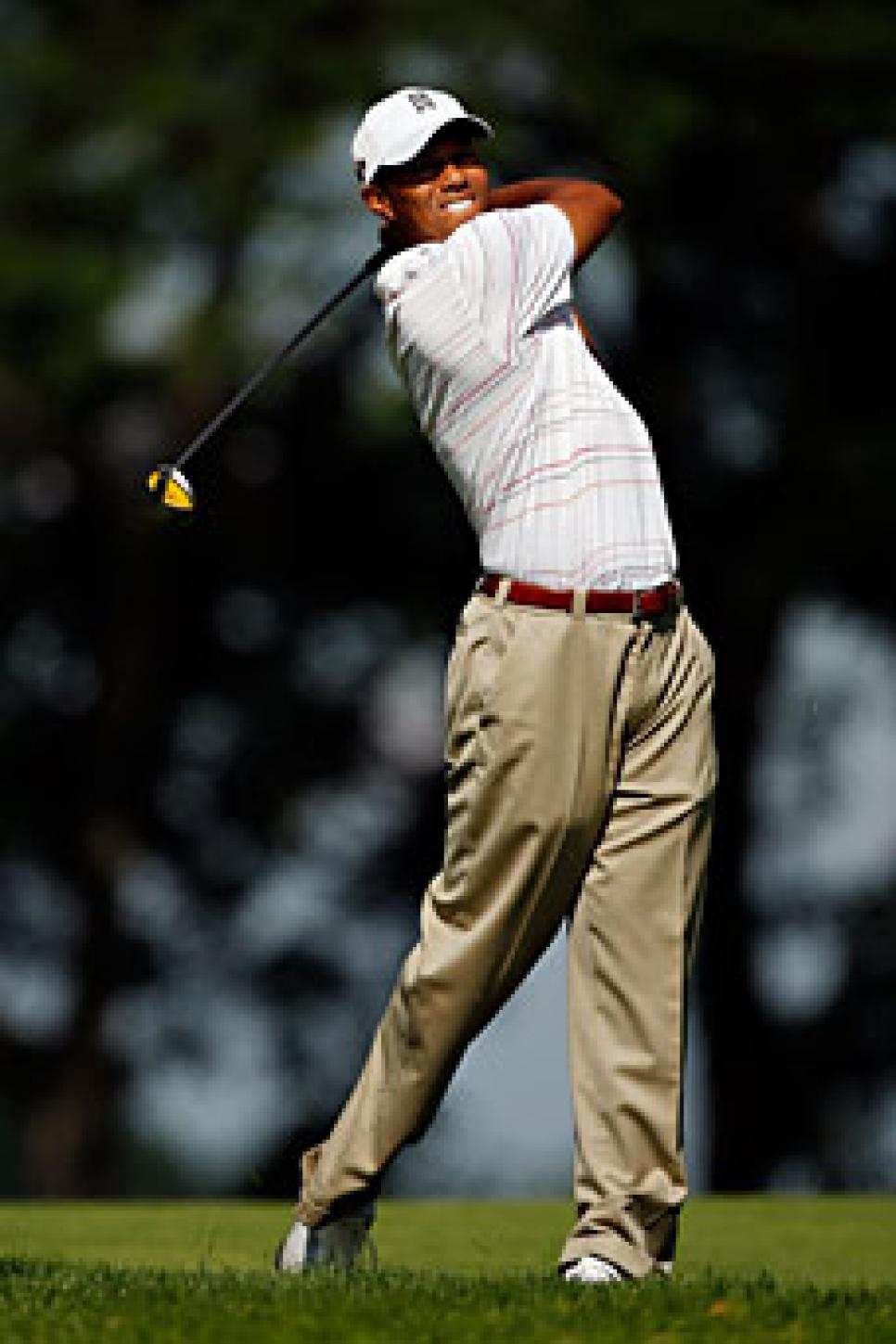 golfworld-2009-07-gwar01_090731_tiger_woods.jpg