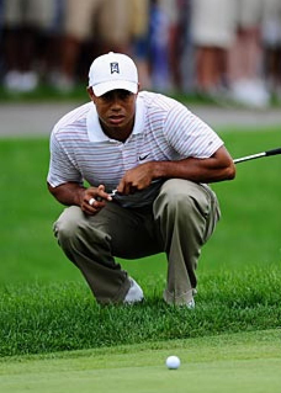 golfworld-2009-08-gwar01_090808_tiger_woods.jpg