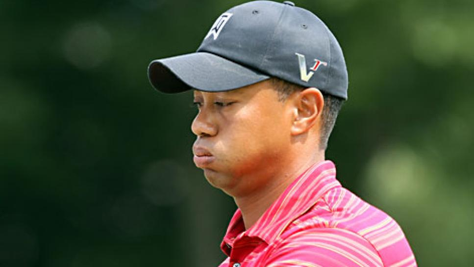 golfworld-2009-09-gwar01_090907_tiger_woods.jpg