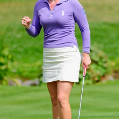 Pressel Leads By Two