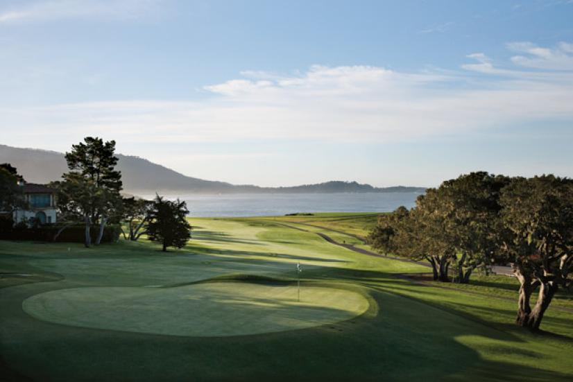 golfworld-2010-06-gwar01_whitten_pebble.jpg