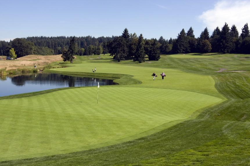 PUMPKIN RIDGE G.C. (GHOST CREEK)