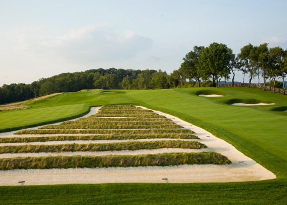 5. [Oakmont Country Club](http://courses.golfdigest.com/l/26981/Oakmont-Country-Club-Oakmont )