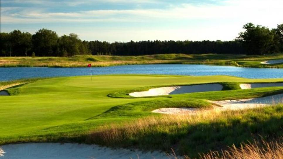Forest_Dunes_Golf_Club.jpg