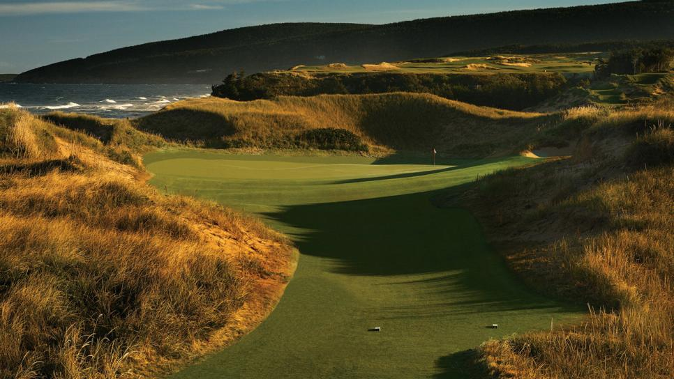 Best-New-Course-2015-Cabot-Cliffs-Staff.jpg