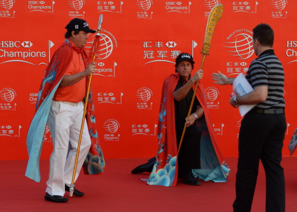 151028-mickelson-dufner-hsbc.png