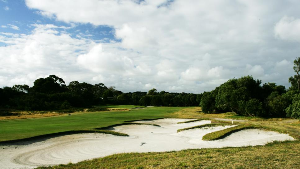 Royal-Melbourne-Golf-Club-West-Course-hole-12.jpg