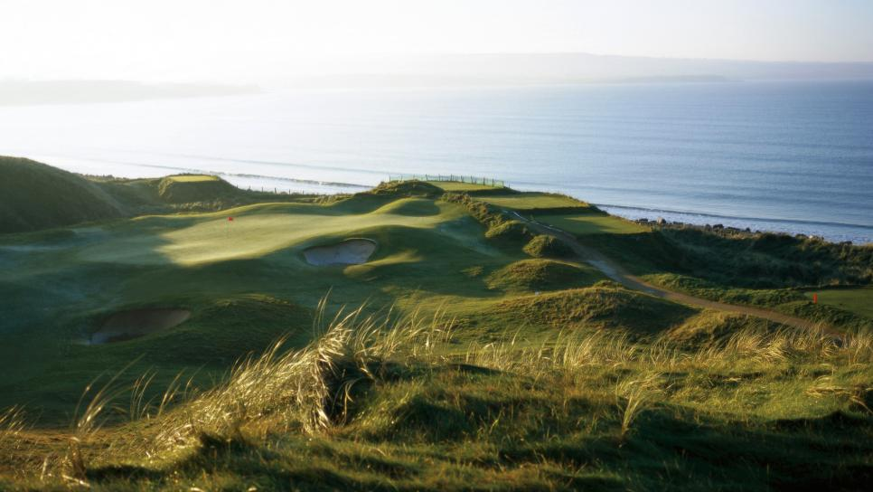 Lahinch-Golf-Club-Staff.jpg