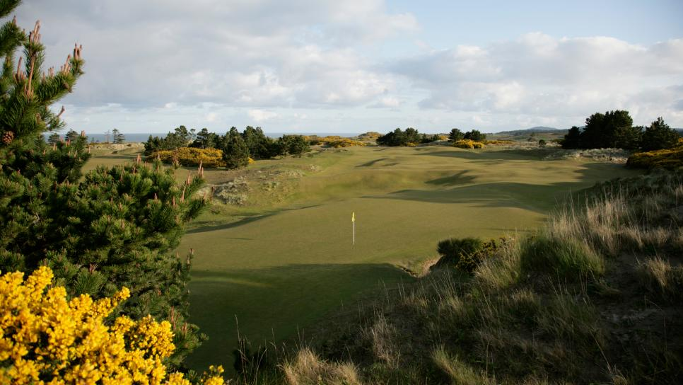 Bandon-Dunes-Golf-Resort-Staff.jpg