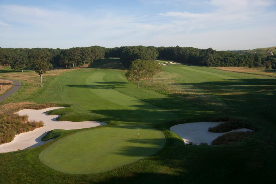Bethpage-Black-course-hole-16.jpg