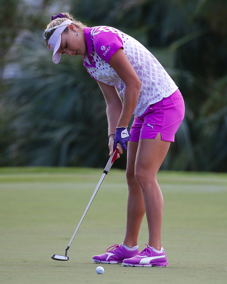 160204-lexi-thompson-eyes-closed.png