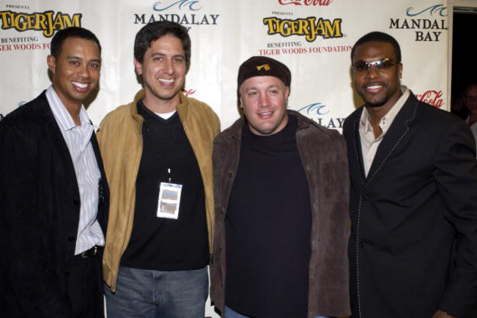 160212-tiger-woods-ray-romano.png