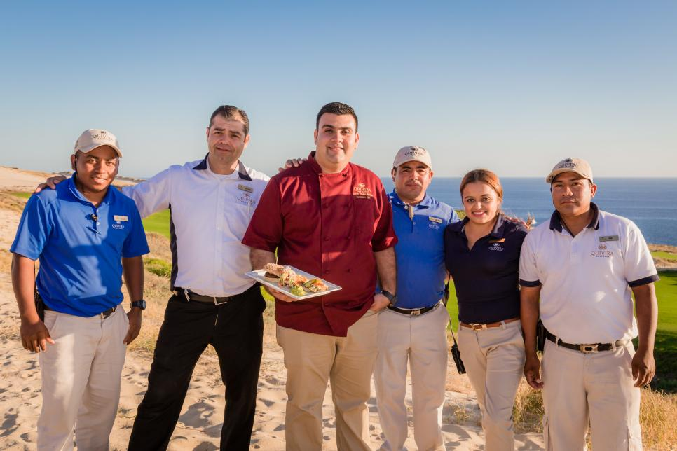 Mexico-Quivira-Golf-Club-staff.jpg