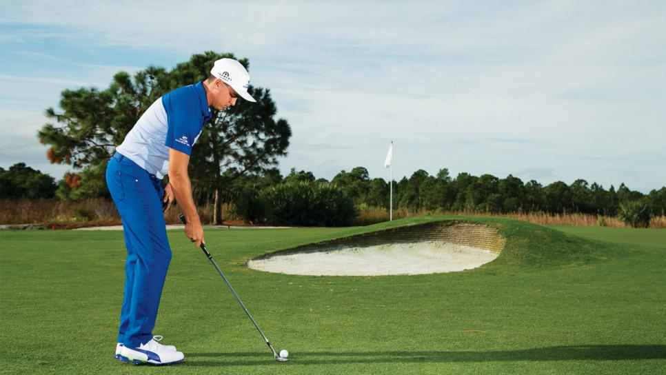 Rickie-Fowler-instruction-flop-pitch-setup.jpg