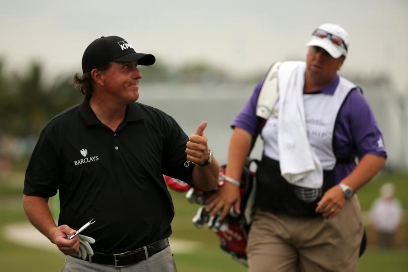 Phil Mickelson thumbs up.jpg