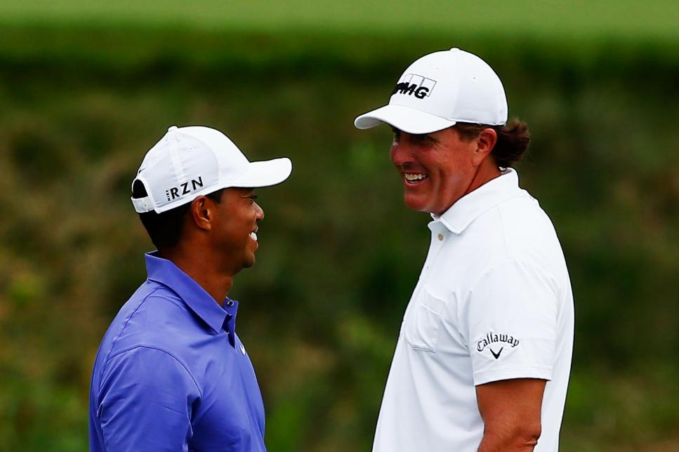 Phil-Mickelson-Tiger-Woods.jpg