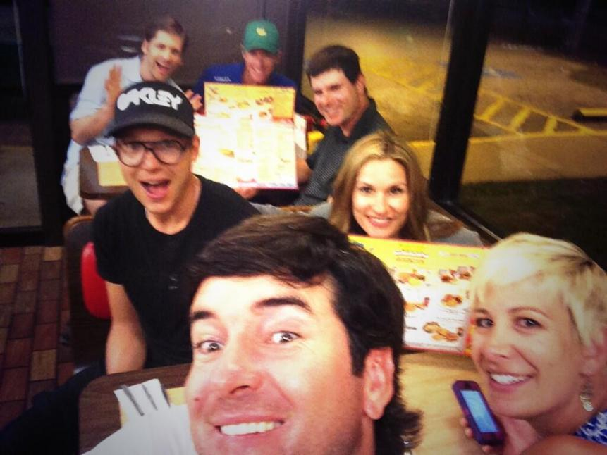 bubba-watson-left-a-148-tip-at-waffle-house-after-winning-the-masters.jpg