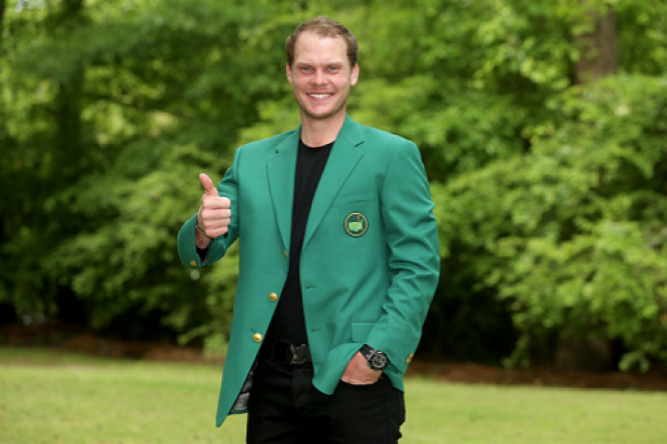 160418-danny-willett-coach.png