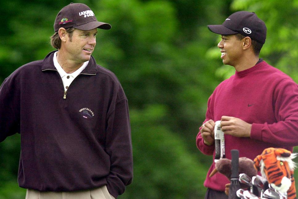 paul-azinger-tiger-woods-2001.jpg