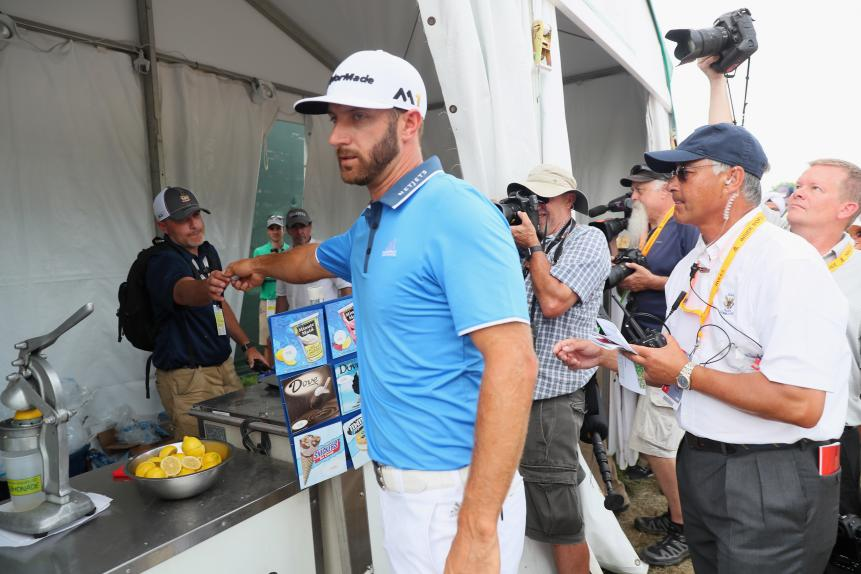 Bogey: Dustin Johnson