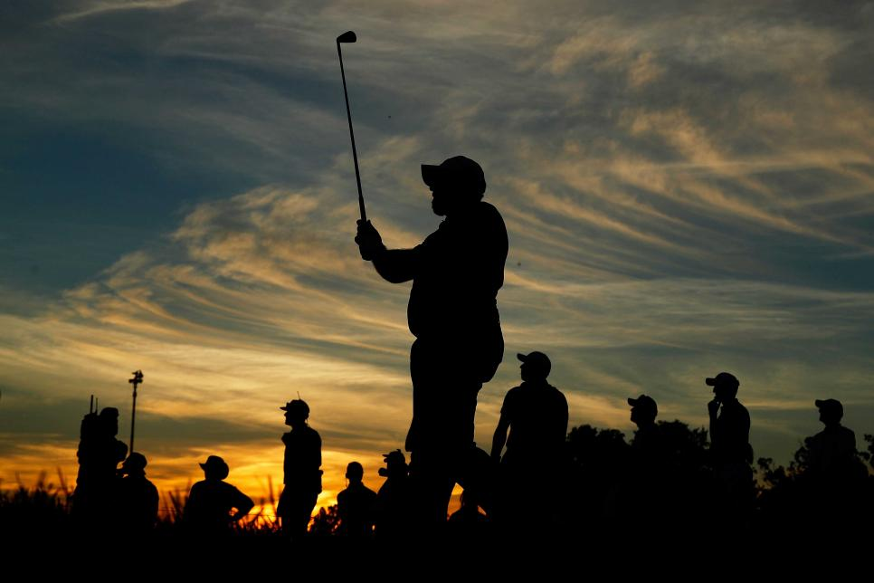 shane-lowry-us-open-saturday-sunset-driving-14th-hole.jpg