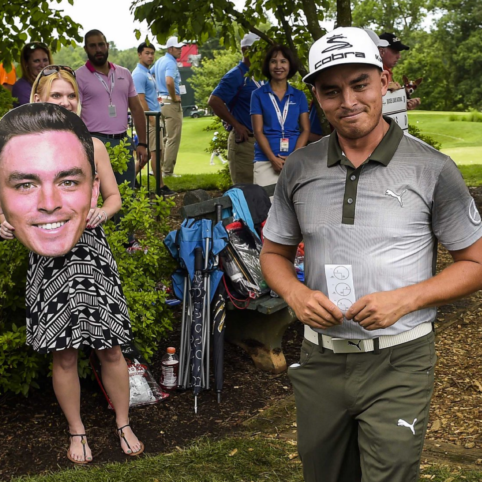 160624-rickie-fowler-face.png