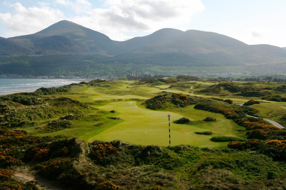 Royal-County-Down-Third-Hole.jpg