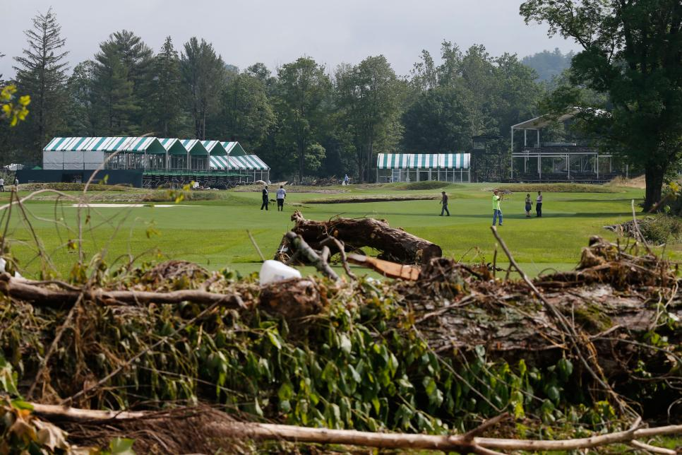 old-white-tpc-greenbrier-course-damage-17th-hole-flooding-2016.jpg