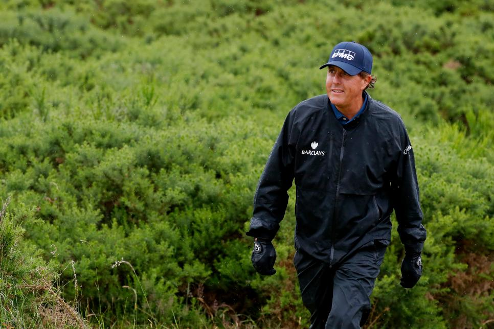 Phil-Mickelson-Friday-Troon.jpg