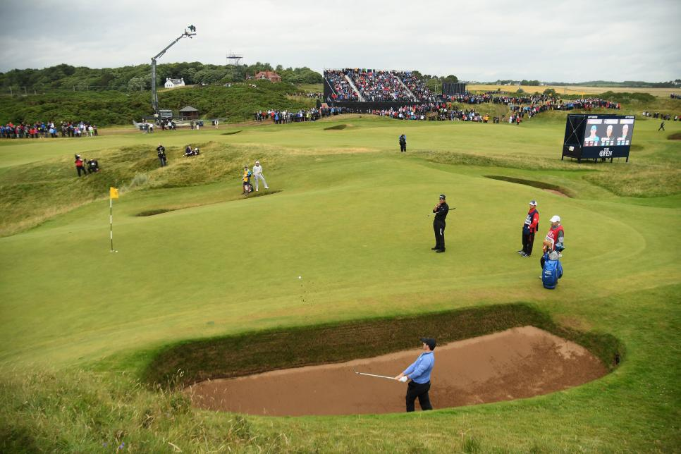 royal-troon-coffin-bunker-eighth-hole-postage-stamp-rory-mcilroy.jpg