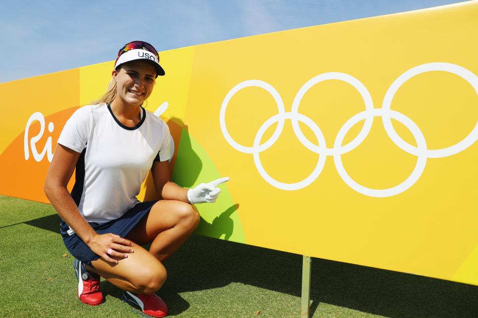 lexi-thompson-olympics-rio-sign-rings.jpg