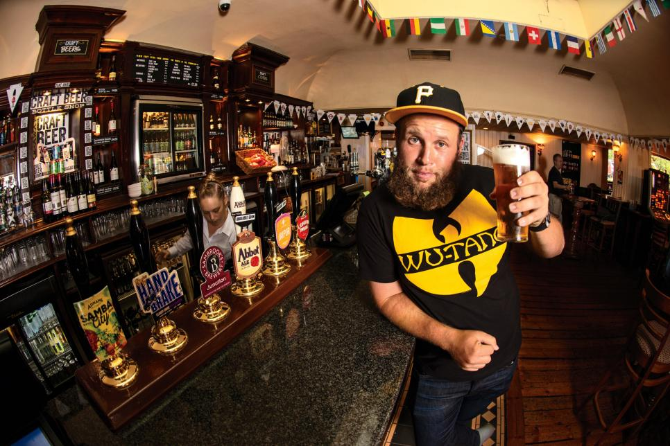 my-shot-Andrew-Johnston-in-pub.jpg