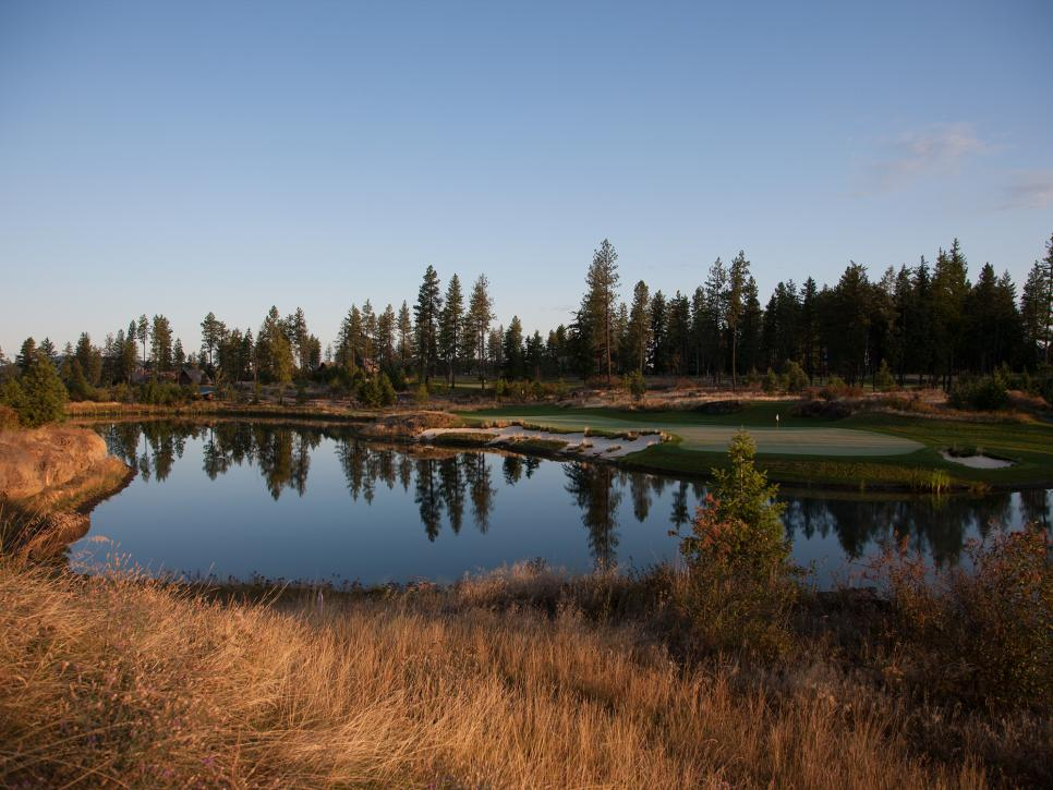 2017-28-Gozzer-Ranch-Golf-and-CC-hole-14.jpg