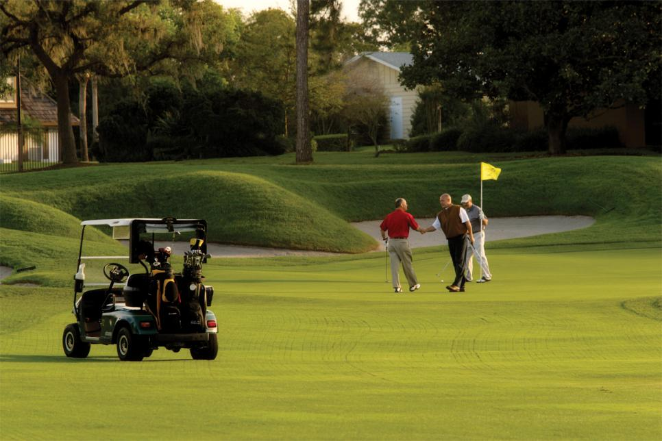 Bay-Hill-Club-and-Lodge-Orlando-Golfers-On-Hole-18.jpg